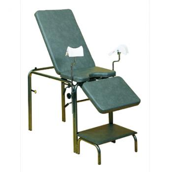 A 3 part gynecological chair at a permanent level + 1 stool